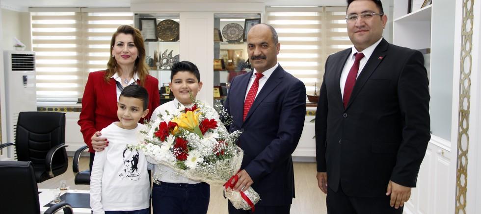 23 Nisan Kaymakamı Mehmet Pomen Oldu