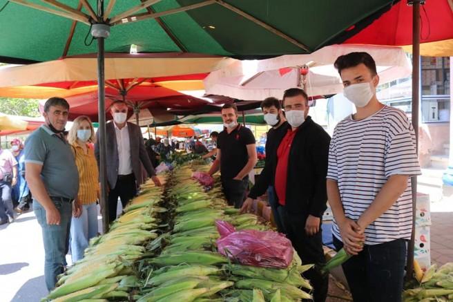 AK Parti'den Pazarcı Esnafına Ziyaret