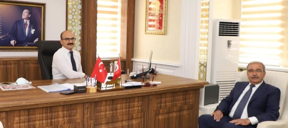Başkan Özacar'dan Yeni Kaymakam Abacı'ya Ziyaret