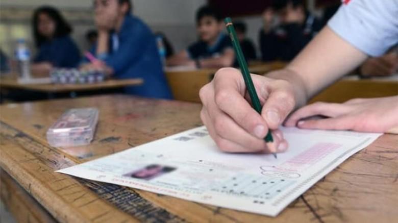 Büyükzöngür, Sınava Girecek Öğrencilere Başarı Diledi