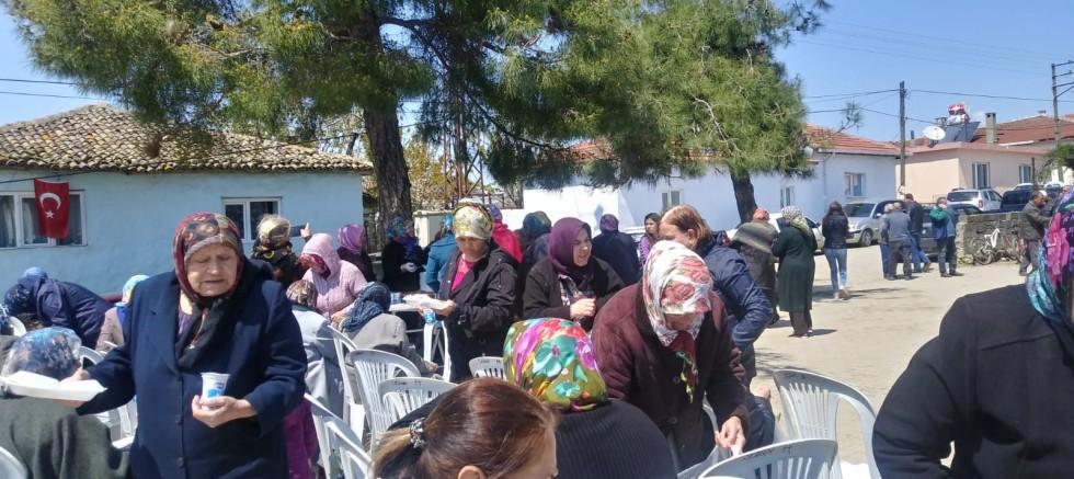 CHP Kadın Kolları Köy Hayrında