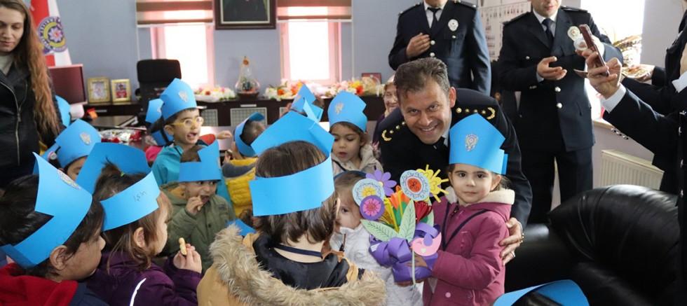 Emniyet Müdürlüğüne Kutlama Ziyaretleri Yapıldı