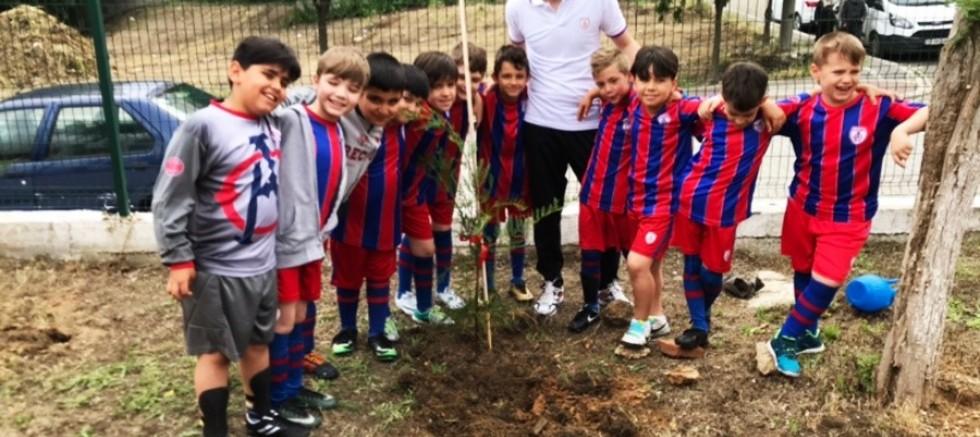 Geleceğin Futbolcuları, Gelecek İçin Fidan Dikti