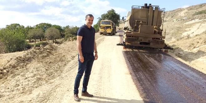 Köy Yollarında Çalışmalar Sürüyor