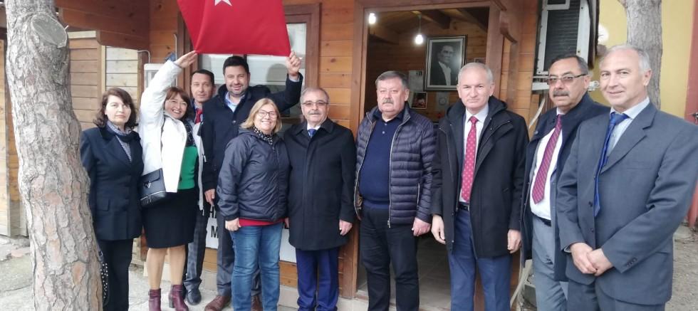 ÖZACAR VE MECLİS ÜYESİ ADAYLARINDAN MUHTARLARA ZİYARET