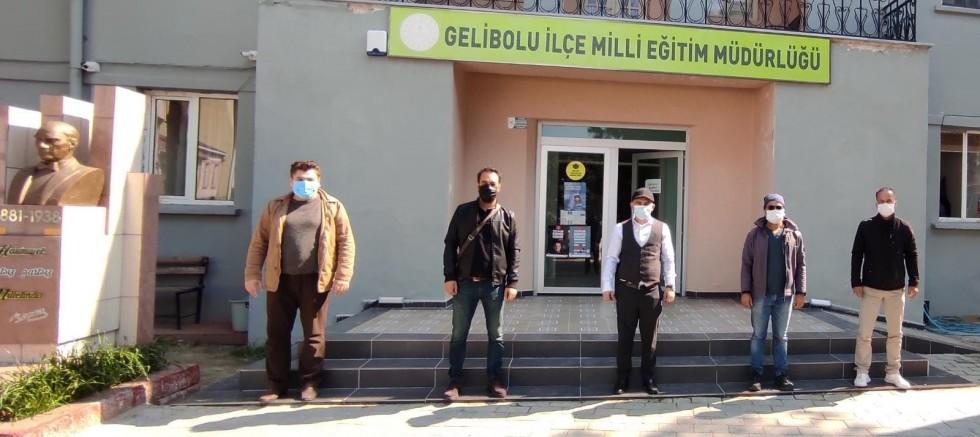 """""""RİSK ALTINDAYIZ, AŞI İSTİYORUZ!"""""""