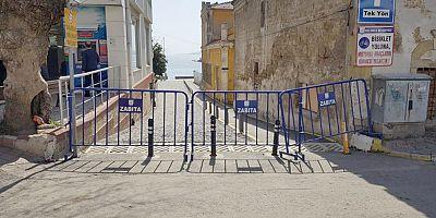 Sahil Bariyerlerle Kapatıldı