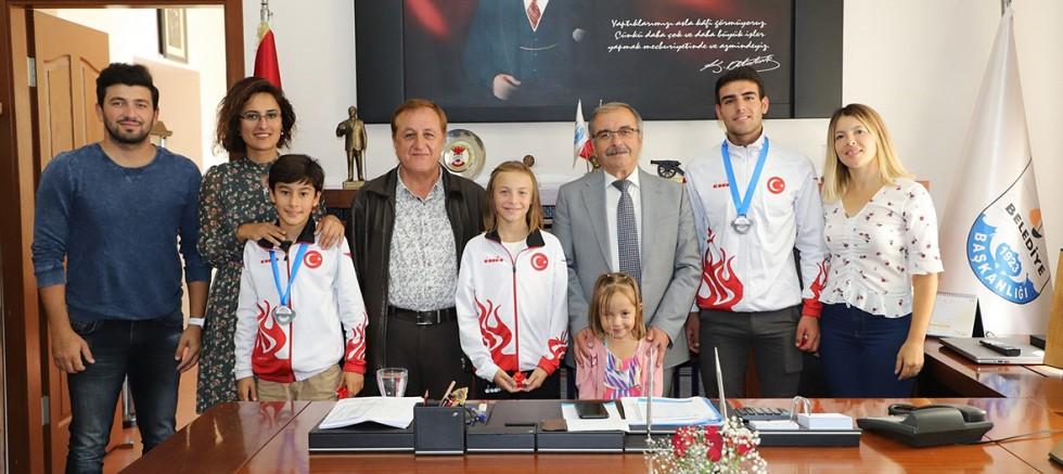 Triatlon Spor Kulübü'nden Başkan Özacar'a Ziyaret